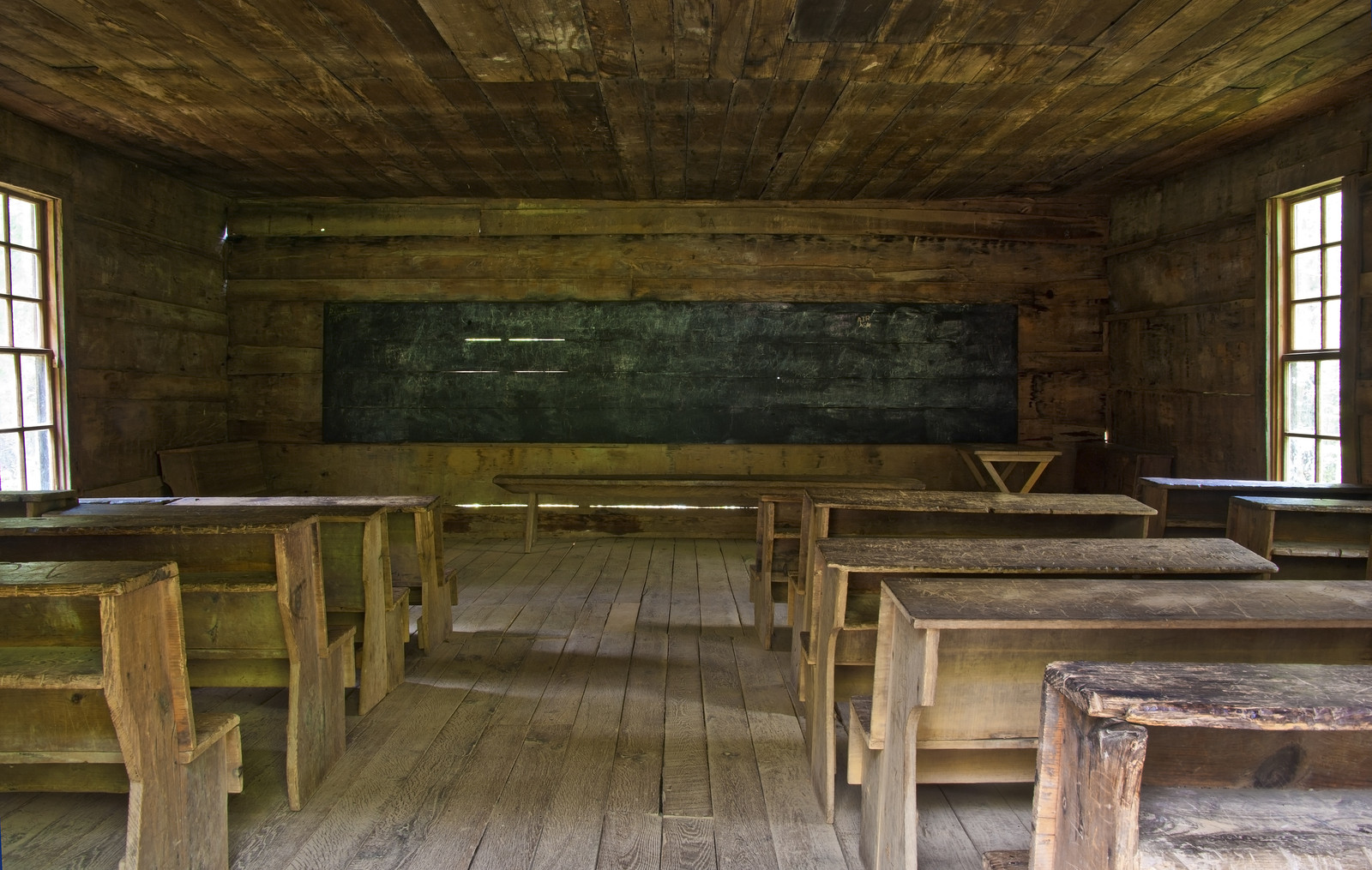 old-time-classroom