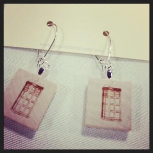 Tardis earrings by ameliabeth