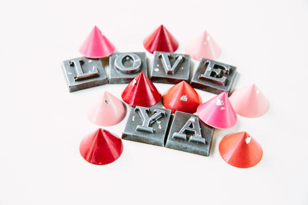 LoveYaOutofBox