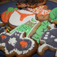 Thursday's Dish: Halloween Cookie Decorating